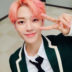 Nct Jaemin with peach hair