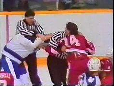 Dave Semenko vs Bob Probert