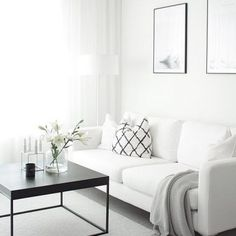 Find your favorite Minimalist living room photos here. Browse through images of inspiring Minimalist living room ideas to create your perfect home. Elegant Living Room Decor, Interior, Home, Minimalist Living Room, Minimalist Living Room Decor, House Interior, Elegant Living, Interior Design, Minimalist Home