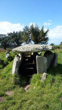 Bretagne - Allée couverte de l'Ile Grande, Pleumeur Bodou