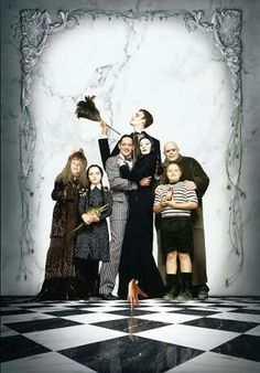The Addams Family 1991 Poster Die Addams Family, Adams Family, Forrest Gump, Gomez And Morticia, Charles Addams, Family Poster, Anjelica Huston, Christina Ricci, Family Halloween Costumes