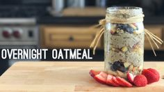 How to make Overnight Oatmeal the right way - plus some great recipe variations for making the stacked jar. Healthy, easy, and delicious! Breakfast Dishes, Breakfast Recipes, Snack Recipes, Cooking Recipes, Paleo Breakfast, Quick Healthy Meals, Healthy Eating, Healthy Recipes, Healthy Life
