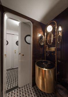 Foxglove: interior de un WC