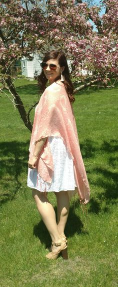 Style by Melissa Ann // Perfect dressed-up outfit for the summer (Click for details)