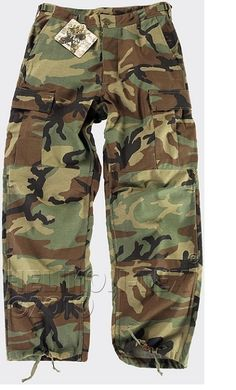 Helikon BDU Trousers Woodland in tough cotton ripstop in woodland camouflage.