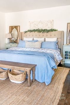 Beautiful Blue and White Bedroom Decor Styling #homestories #bedroom #homestoriesatoz