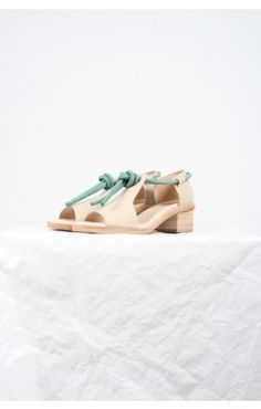 Wooden shoes by Ayaka Mid Heel, Women's fashion Cute Sandals, Cute Shoes, Me Too Shoes, Sock Shoes, Shoe Boots, Fashion Shoes, Fashion Accessories, Women's Fashion, Fashion Trends