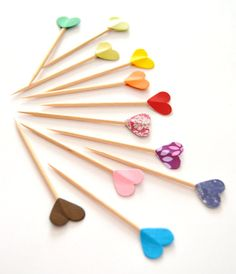 #party #partypicks #decoration #hearts #colors #rainbow #love #fooddecoration #caketoppers #cupcaketoppers