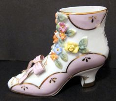 HIGH TOP VICTORIAN STYLE PORCELAIN SHOE - APPLIED FLOWERS PINK BOW