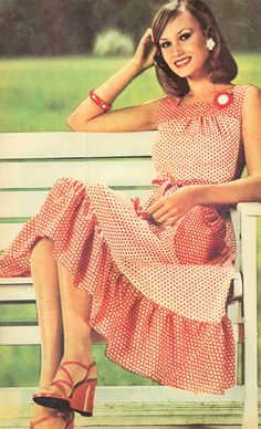Retro Romanian Fashion (70's & 80's) Romania, Retro Fashion, Summer Dresses, Vintage, Summer Sundresses, Vintage Comics, Summer Clothing, Fashion Vintage, Summertime Outfits
