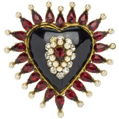 Pre-owned Chanel Early Vintage 1920's Heart Brooch ($5,500) ❤ liked on Polyvore featuring jewelry, brooches, red heart jewelry, chanel jewelry, preowned jewelry, chanel broach and 1920s vintage jewelry