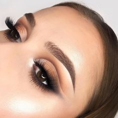 "2,571 Likes, 10 Comments - ICONIC LONDON (@iconic.london) on Instagram: "" EYES TO MESMERIZE  @pippathundow KILLIN' this smokey eye  Get the look using our Sculpt &…"""