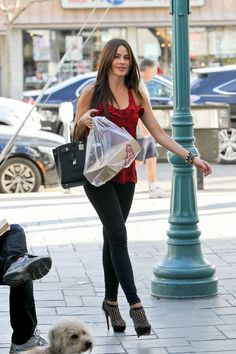 Sofia Vergara casual style