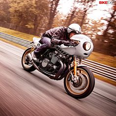 The latest 'Yard Built' custom from Yamaha is this epic race-themed XJR1300 from Deus' Milan workshop. Inspired by the endurance machines of the 1970s and 1980s and nicknamed 'Eau Rouge,' it's a modern reinterpretation of those iconic retro racers.