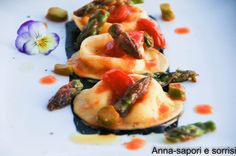 ANNA-SAPORI E SORRISI: Ravioli di buffala con asparagi verdi , pomodorini e nero di seppia