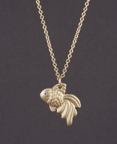 Goldie Fin Necklace