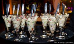 Cerviche de peixe branco com tomatinhos marinados no siliciano. #fingerfood #captainsbuffet #casamento #buffet #buzios