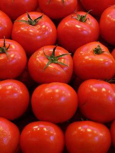 Receta Ensalada de Tomate y Queso Fresco al cilantro. Recetas light y ligeras, fáciles de preparar y rápidas. Recetas bajas en calorías sabrosa y saludables