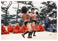 Enter the Dragon Bruce Lee Art, Bruce Lee Photos, Best Martial Arts, Martial Arts Movies, Kung Fu Movies, Brandon Lee, Enter The Dragon, The Godfather, Hollywood Stars