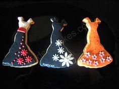 """Galletas """"vestidos de primavera"""" Cookie Icing, Fondant, Cookies, Christmas Ornaments, Holiday Decor, Home Decor, Vestidos, Spring, Crack Crackers"""