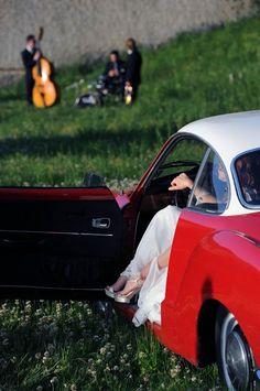 """Attimi del corto cinematografico, che racconta Amatelier Wedding in Paestum. """"M'Ama non M'Ama: manca un petalo per sposarti"""" vimeo.com/65723784  Foto: Fezza Studio  Wedding Car: Alfie Auto Eventi  Abito: Amatelier  Direzione Artistica: Giuseppe Moscato"""