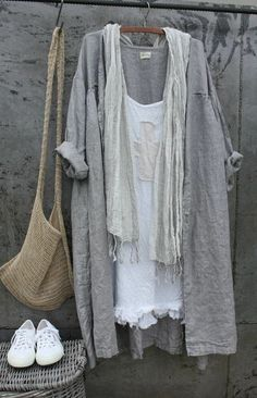 Linen Clothes - Clothes for Women Mode Outfits, Casual Outfits, Fashion Outfits, Womens Fashion, Jeans Fashion, Fashion Ideas, Fashion Trends, Mode Style, Style Me