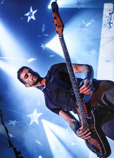 "buckin-love: ""→ 8/30 pictures of Guy Berryman """