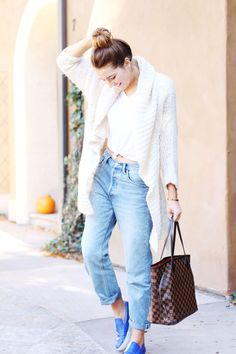 How to Rock Mom Jeans — With A City Dream