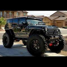 Something about a sweet black jeep Jeep Suv, Jeep Cars, Jeep Truck, Us Cars, Jeep Wrangler Rubicon, Jeep Wrangler Unlimited, Black Jeep Wrangler, Jeep Wranglers, Hors Route
