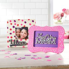 Show your mom who's really #1 this Mother's Day with a DIY finger painted Polka Dot Wood Frame.