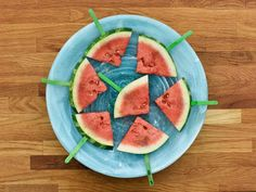 """Watermelon-Tequila Poptails (Grillin' and Chillin') - Katie Lee, """"The Kitchen"""" on the Food Network. Fruit Recipes, New Recipes, Alcohol Recipes, Mexican Recipes, Fun Drinks, Yummy Drinks, Alcoholic Beverages, Fresco, Watermelon Tequila"""