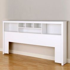 This King size Stylish Bookcase Headboard in White Wood Finish has 6 compartments, providing ample space for bedside reading materials, clocks, photographs and decorative accessories. It can be used with any King sized bed frame or is an ideal Contemporary Headboards, Modern Headboard, White Headboard, Wood Headboard, Headboards For Beds, Headboard Ideas, Headboard Designs, Bookcase Headboard King, King Size Headboard