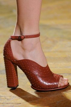 Behold: 80 of the Best Shoes From Paris Fashion Week's Fall 2013 Runways: Miu Miu Fall 2013 : Dries Van Noten Fall 2013 Dream Shoes, Crazy Shoes, Me Too Shoes, Pretty Shoes, Beautiful Shoes, Hot Shoes, Shoes Heels, Pumps, All About Shoes