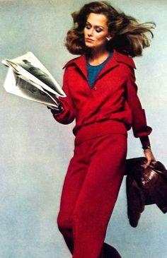 Lauren Hutton by Richard Avedon. Vogue US August 1973