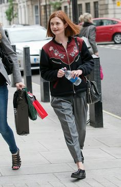 Bonnie Francesca Wright, Bonnie Wright, Harry Potter Girl, Harry Potter Actors, Ginny Weasly, Harry And Ginny, Harry Potter Pictures, Memories Quotes, Most Beautiful People