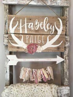Hospital door hanger girl / hospital door hanger / antlers and flowers / boho nursery / baby girl / shabby chic nursery / boho chic Shabby Chic Garden, Shabby Chic Crafts, Shabby Chic Pink, Shabby Chic Decor, Shabby Chic Living Room, Shabby Chic Interiors, Shabby Chic Homes, Hospital Door Hangers, Baby Door Hangers