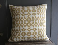 tribal patterned pillow. (love it) #pattern #tribal