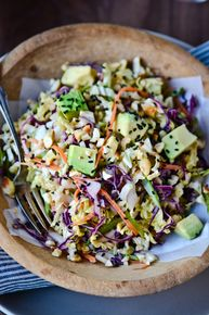 Crunchy cabbage salad with spicy peanut dressing. This vegan salad is loaded with veggies and topped with a spicy peanut butter based dressing! Visit Sriracha Box Now! Vegetarian Recipes, Cooking Recipes, Healthy Recipes, Salad Recipes Vegan, Bread Recipes, Cooking Tips, Cooking Steak, Detox Recipes, Vegan Meals