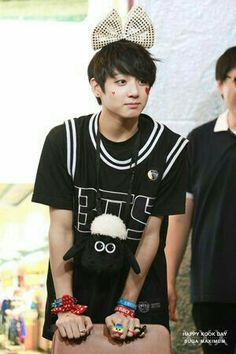 Jeon jungkook looking like awaaae so cute