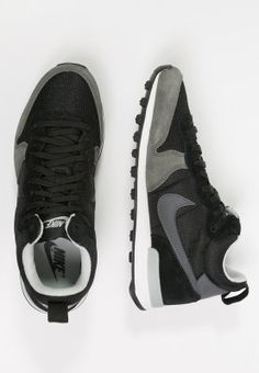 buy online 98f34 bdcd0 Nike Sportswear INTERNATIONALIST MID - Sneakers high - black dark grey grey  mist