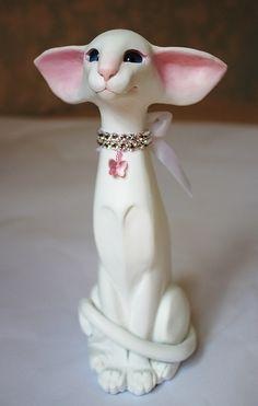 Foreign White Oriental Cat sculpture
