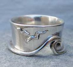 Handmade silver ring from pa-pa jewellery