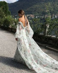 Style Couture, Couture Fashion, Pretty Dresses, Beautiful Dresses, Bridal Gowns, Wedding Gowns, Wedding Bride, Fantasy Dress, Bridal Style