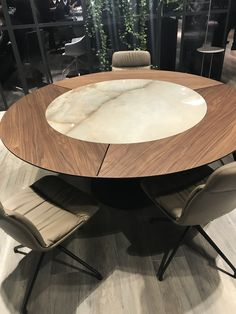 Chaplins showcase the very best in modern designer furniture and lighting to fulfil your need for a timeless yet contemporary interior. Luxury Dining Tables, Dinning Table, Dining Room, Contemporary Interior, Decoration, Milan, Furniture Design, Spain, Interiors