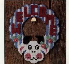 Cow Welcome wreath Plastic Canvas Crafts, Plastic Canvas Patterns, Canvas 5, Cow Pattern, Welcome Wreath, Wall Hanger, Wall Hangings, Fun Stuff, Needlework