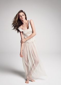 I want this dress. Even though I would feel like a junior brigde wearing it...