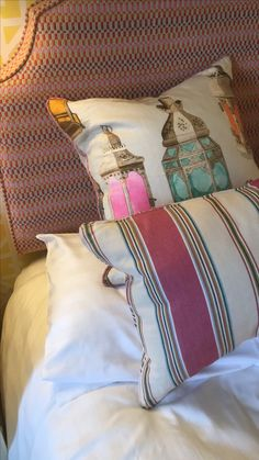 Bedrooms, Throw Pillows, Home, Toss Pillows, Cushions, Bedroom, Ad Home, Decorative Pillows, Homes