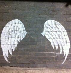 angel wings smaller