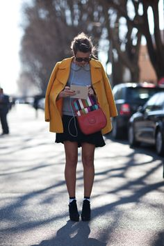 Beautiful Mustard Colored Coat, and I love the Peter Pan  Carolines Mode | StockholmStreetStyle