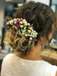 bridal hair Wedding hair